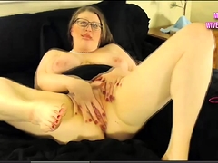 Busty Texas BBW squirts exposed to cam