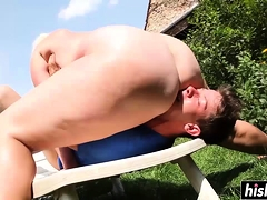 Blonde outdoors makes him eat pussy