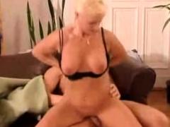 Olgun Sevimli Mature Seksten Hoslaniyor SlutRachel . com