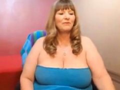 Divine mature son relating to giant pair shows her fat ass_