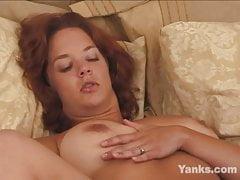 Yanks BBW Gabrielle Cums