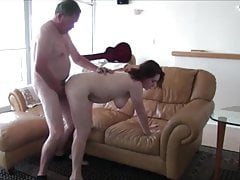 Mediocre big derriere brunette fucked by cur'