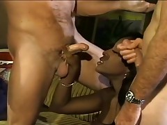 White Dudes Double Penetrate Ebony Whore