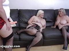 Sarah Jane meets several Lesbian Aunties