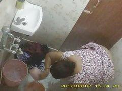 BBW Adult Indian Bengali Milf Rina Washing In Excuse oneself