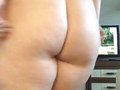 Exposed fat kik floosie jiggles prevalent for me on camera