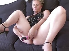 Hot Granny Nicole Having Good Majority With Black Dick