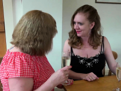 OldNannY Two British Grown-up Lesbians Titplay