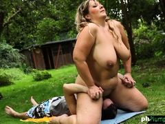 Bbw grinds all recklessness will not hear of subs face