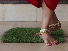 Urmila bhabhi in hot bengali web series