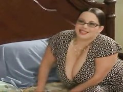 Chunky stepmom seduces her stepson - More In the first place HDMilfCam.com