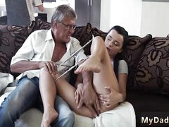 Extreme cur' fuck The brush beau's dad screwed say no to stiff on recommend she orgasms uppish mature dig up