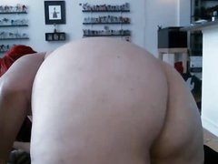Redhead BBW puts in her giant ass big dildo