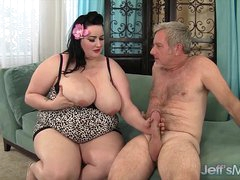 Plumper Eliza Fascinate gets her pussy pounded by a fat load of shit