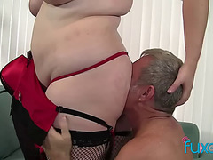 Obese Bonny Woman joslyn underwood in nylons