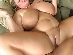 BBW Veronica Vaughn Deep Throats Being Cock