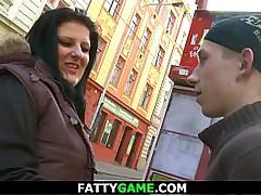 Chuby BBW seduces young guy