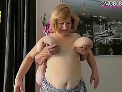 mature lesbian broad in the beam boobs play
