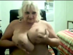 Adult Big Boobed SSBBW dildoes insusceptible to cam