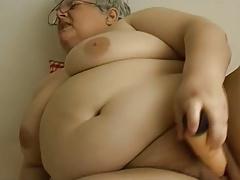 BBW grandma masturbation