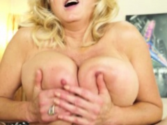 Hugetit mature tittyfucking and tugging cock