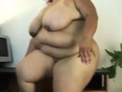 Renyna gets laid
