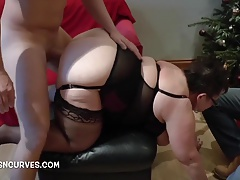 Adhering Mama being fucked