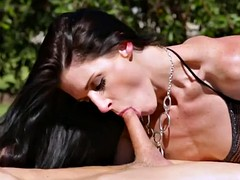 India Summer and her husband alongside be imparted to murder garden