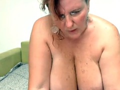 Fat Big Titted Beauty Squirts