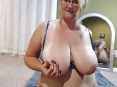 sexy bbw ameliaarsch plays with her pussy on webcam models