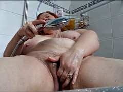 bbw wife masturbating bath